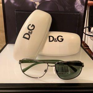 D&G DG2122 1188/9A59/14/1 sunglasses NWT